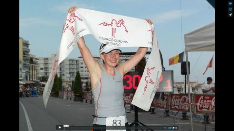 Diana Bauers Gesamtsieg beim Ironcat 2012 in L'Ampolla, Katalonien